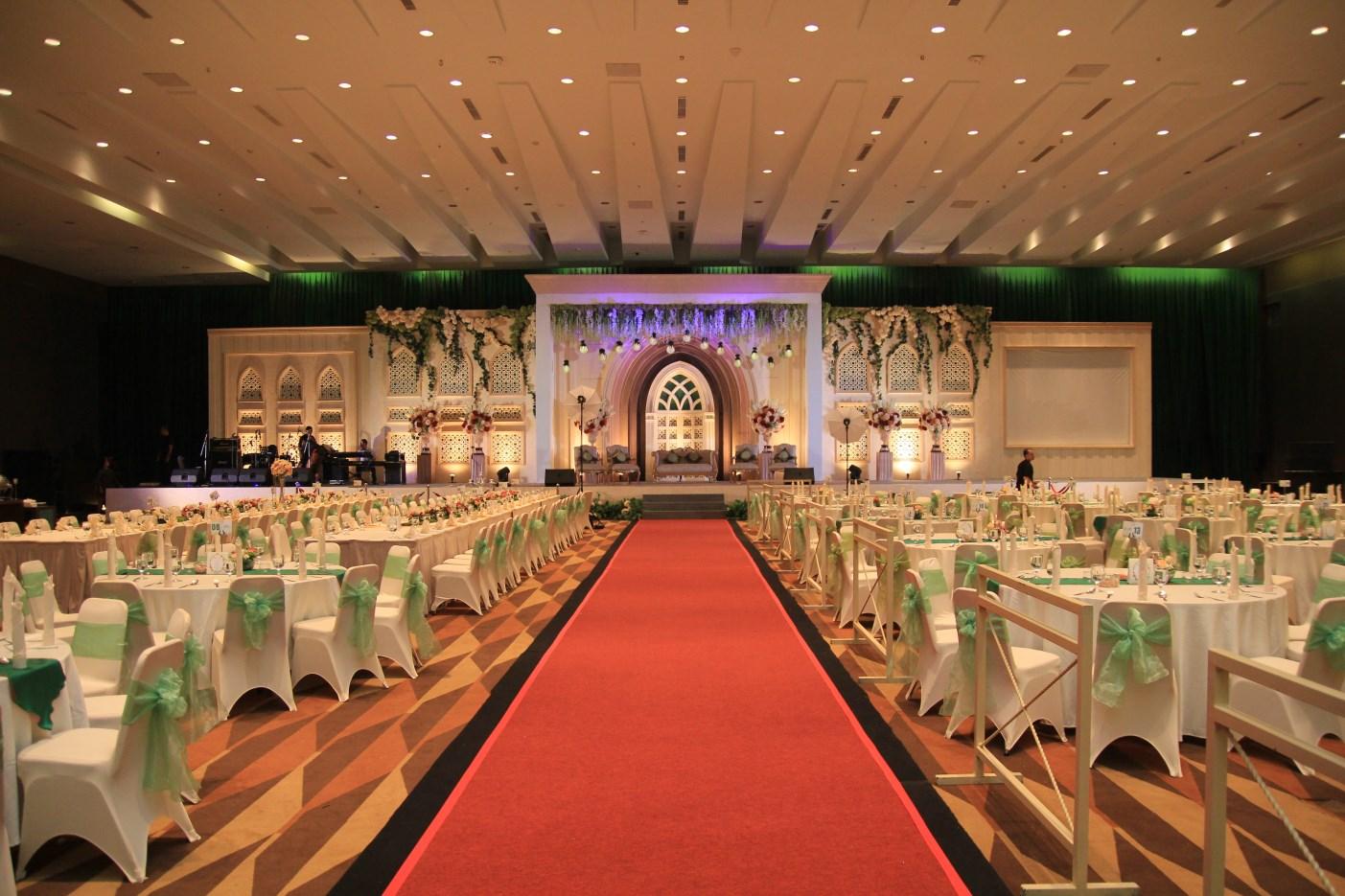Winy ryan wedding reception sdcc 23 jan showbitz event winy ryan wedding reception sdcc junglespirit Images